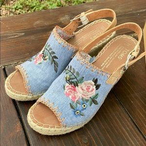 Toms -Monica floral embroidered chambray
